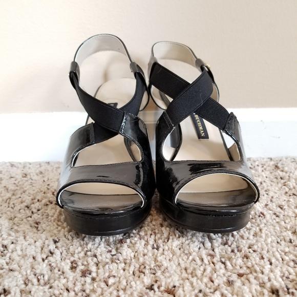 2ad44badf6bb8f Dana Buchman Shoes - NWOT Dana Buchman Wedge Sandals